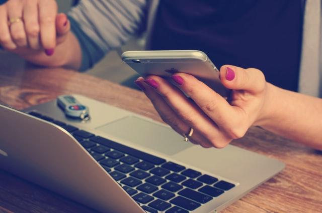 Hvordan endre åpningstid eller talemelding i Telia Bedriftsnett